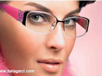 gözlüklü bayanlar için makyaj tavsiyeleri, gözlük takanlar için makyaj, gözlüklü kişiler için makyaj tavsiyeleri